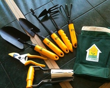 Choosing The Best Gardening Tool Kit Sunday Gardener